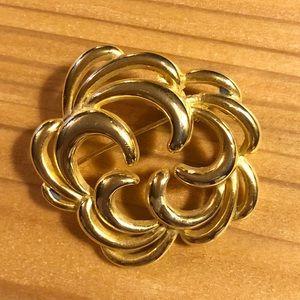 Earwarmer Brooch/Pin - Goldtone Swirl Flower